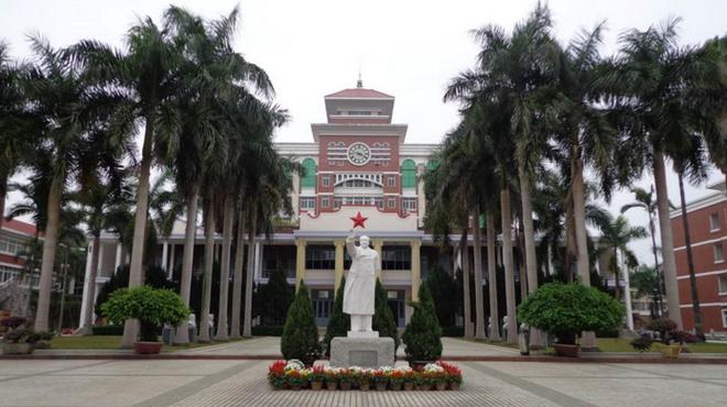 漳州一中_百年名校——福建漳州一中,学风自由,学习氛围浓厚